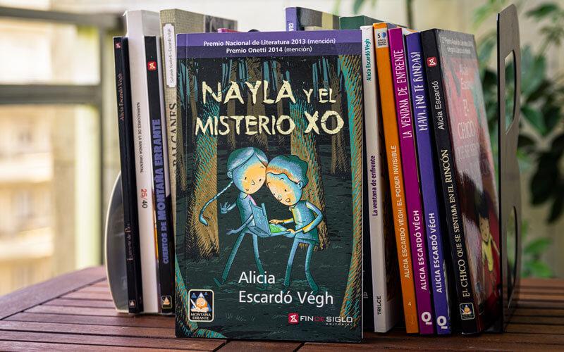 Nayla y el Misterio XO, escrito por Alicia Escardó Végh