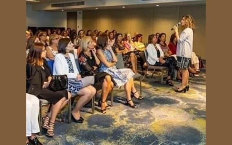Conferencia OMEU ALicia Escardó